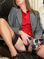 horny office babe videos herself - Vintage Milfs