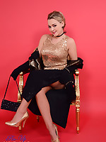 Curvaceous Pin-Up Jodie Holly Gasson strips from evening clothes and sexy.. - Granny Girdles