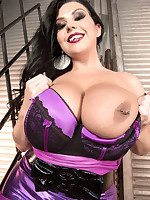 Scoreland - Takin' It To The Streets - Sheridan Love (50 Photos)